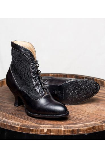 Victorian Style Boots in Black Rustic