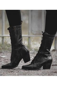Modern Vintage Boots in Black Rustic