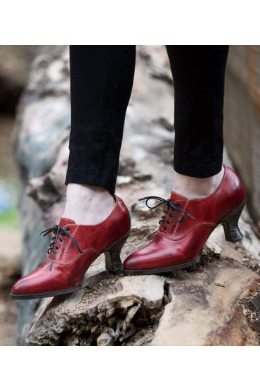 Victorian Style Shoes in Red Rustic