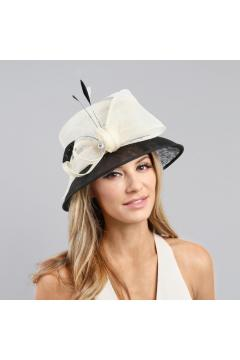 1920s Loopy Sinamay Hat in Black/White