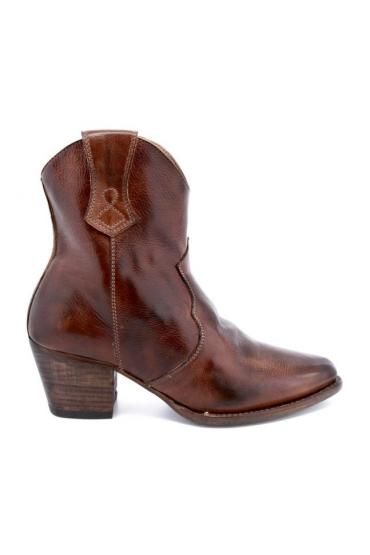 Cowgirl Leather Ankle Boots in Teak Rustic