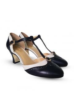 Parisienne 1920s Style Heels in Black Ivory